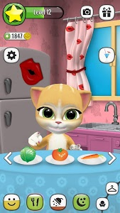 screenshot of Emma the Cat - My Talking Virtual Pet version Varies with device